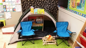 PA-reading tent (300x169)